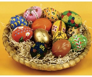 Huevos de pascuas decorados