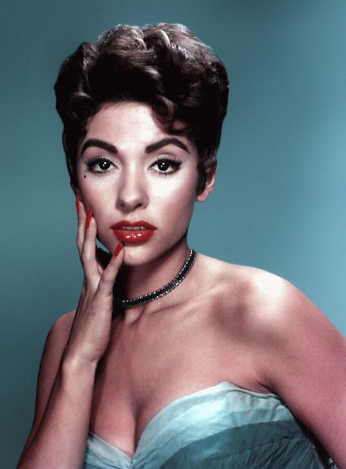 trill-wave-feminism:  Rita Moreno is the first Latino to have won an Emmy, a Grammy, an Oscar, and a Tony.