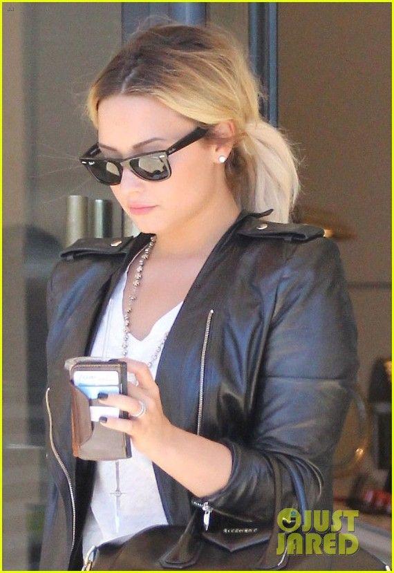 Demi Lovato Announces 'The Neon Lights Tour'