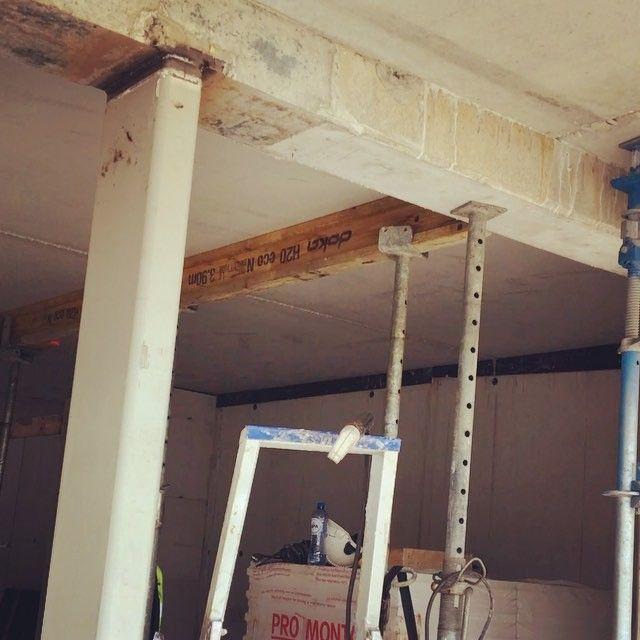 7018 above the head / smaw welding #weld #welders #weldporn #welding #welder #arcwelding #mig #tig #smaw #gtaw #gmaw #arc #steel #iron #ironwork #pipewelder #construction #weldlife #workingclass #instadaily #steel #inox #bluecollar #weldernation #weldeverydamnday #pictureoftheday #millerwelders #esab #follow4follow #weldinglife @patrick_brasseur @gmaw_welding_belgium
