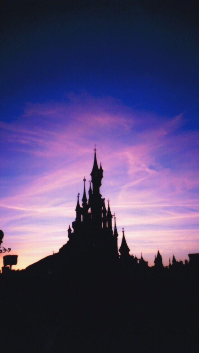 Disney Castle Lockscreens Like If U Save Use Disney Phone Wallpaper Disney Screensaver Disney Wallpaper