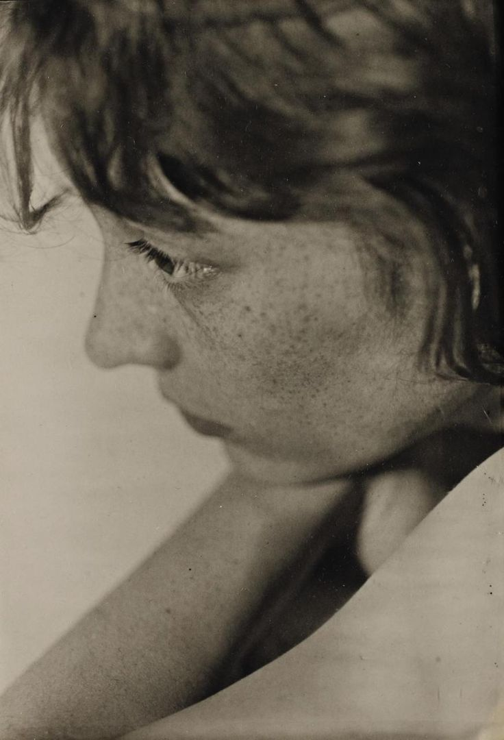 Berenice Abbott    by Walker Evans, 1930