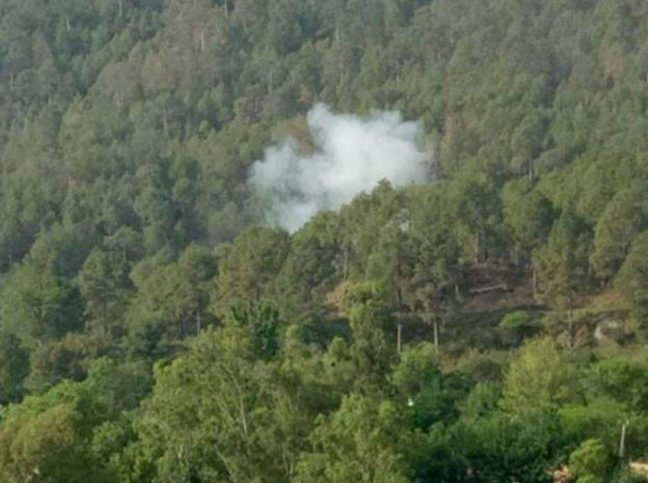 Pakistan Attacks LoC Posts With Mortar Bombs On Eid    https://www.themangonews.com/defence/pakistan-attacks-loc-posts-with-mortar-bombs-on-eid/