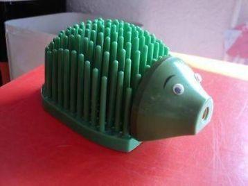 ≥ retro jaren 70 groen plastic egel brievenhouder pennenhouder - Retro - Marktplaats.nl