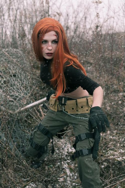Kim Possible Cosplay http://geekxgirls.com/article.php?ID=6441