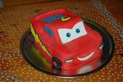 Tarta de cumpleaños del personajes de Cars: Rayo McQueen