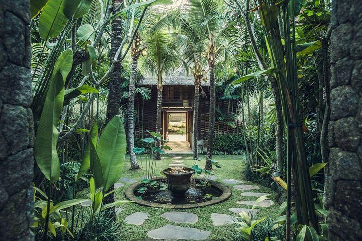 開放感あふれるバリ島の邸宅