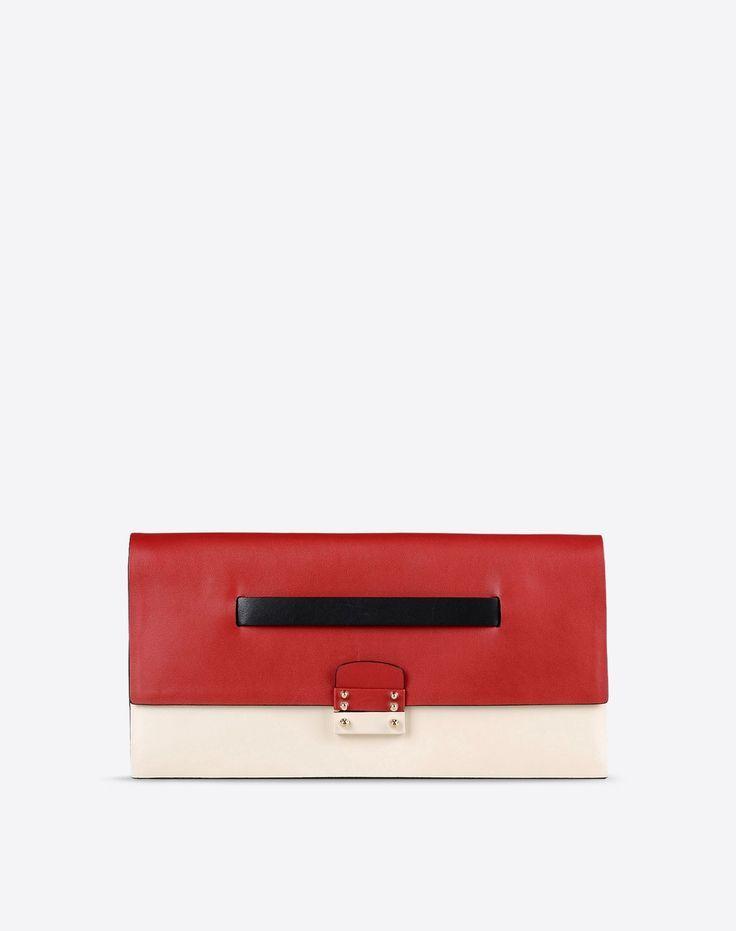 Tendance Sac 2017/ 2018 :    Description   Boutique en ligne Valentino – Pochette Femme Valentino    - #Sacs https://madame.tn/fashion/sacs/tendance-sac-femme-2017-2018-boutique-en-ligne-valentino-pochette-femme-valentino/