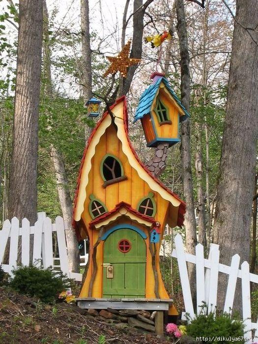 18 Create Your Own Garden Kid's Playhouse Ideas #gardens #decoration #homedecorideas #DIY