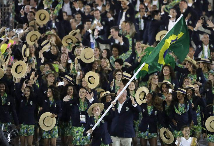 Yane Marques leva a bandeira do Brasil