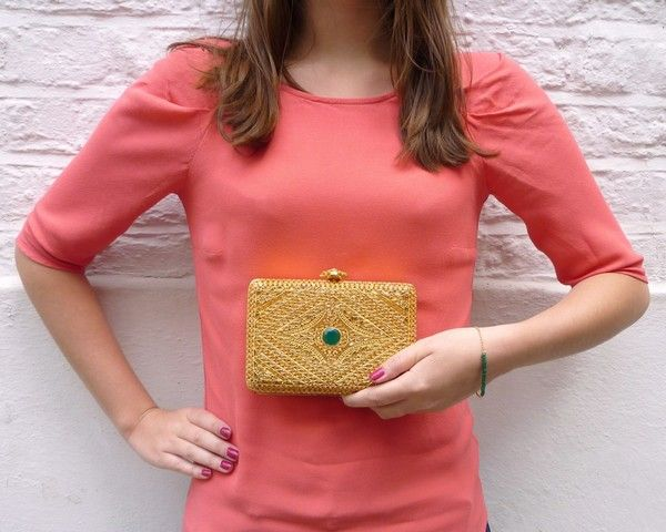 Look - Gold clutch bag with green Onyx stone and green Jade Gold bracelet
