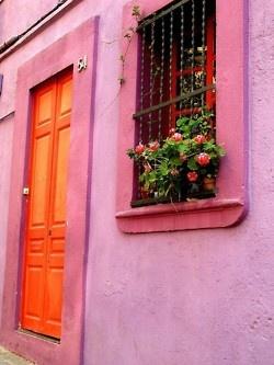 Violet doorframe and widow sillColors Combos, Pink House, Orange Doors, Future House, Colors Combinations, Front Doors, Windows, Pink Wall, Colors Doors