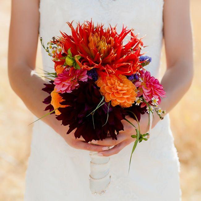 10 Stunning Dahlia Wedding Bouquets: 17 Best Ideas About Dahlia Bridal Bouquet On Pinterest