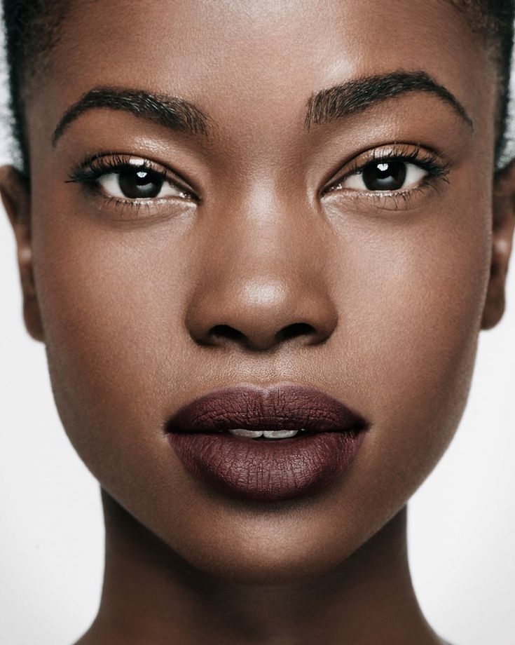 how to choose the right concealer for dark skin