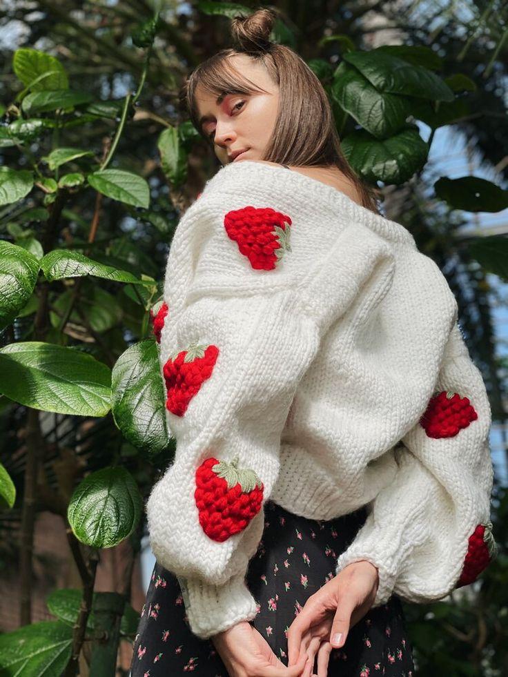 Floral Cardigan, Crochet Cardigan, Crochet Top, Crochet Strawberry, Rainbow Cardigan, Cool Style, My Style, Cardigans For Women, Crochet Clothes