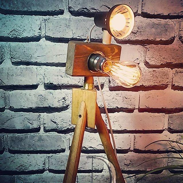 Camera Lamp  ratolyecom#ratolye #tictactasarim @ratolyecom #woodworking #woodwork #wall #decorative #design #woodworker #ahsap #ahsapatolyesi #ahsaptasarim #agacurunleri #wooden #workshop #lamp #edisonlamp #cameralamp