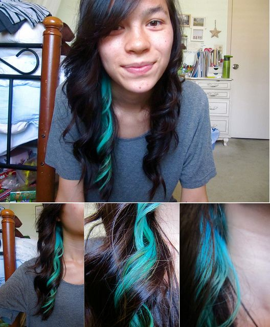 turquoise hair streak. I want this but purple or pink