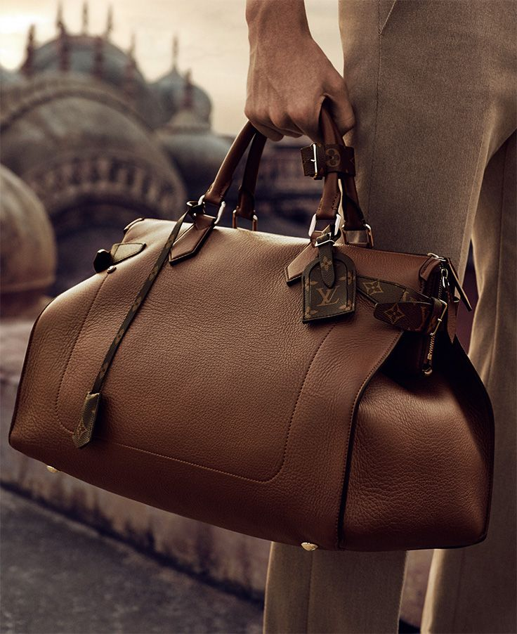 From the Louis Vuitton Men's Spring 2015 campaign comes a soft-sided bag in timeless leather, subtly finished with Monogram canvas details.