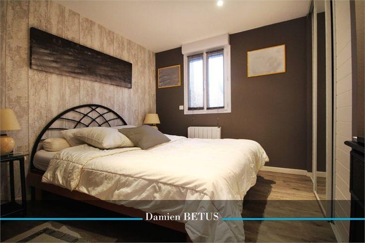 A vendre chez Capifrance à Saint Jean de Monts jolie villa.    Cette propriété est idéale pour les amoureux de la mer, située à proximité de la plage.    Plus d'infos > Damien Betus, conseiller immobilier Capifrance.