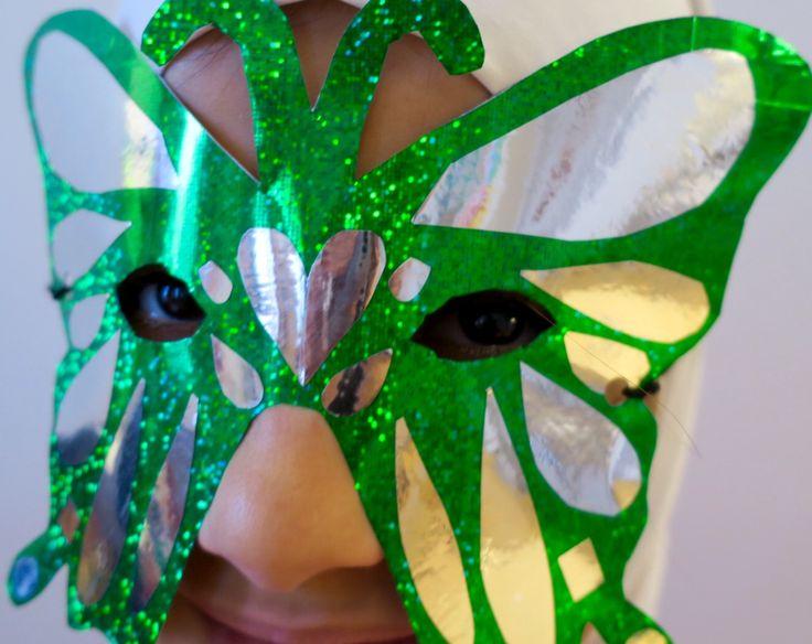 Halloweenin perhos-naamio