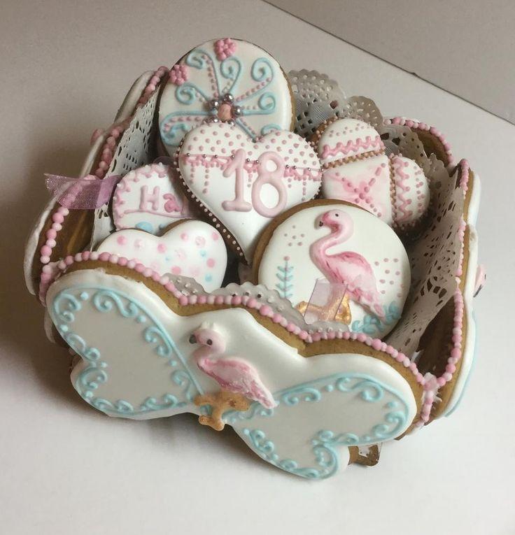 Flamingo cookie box; cookie set by NOAA