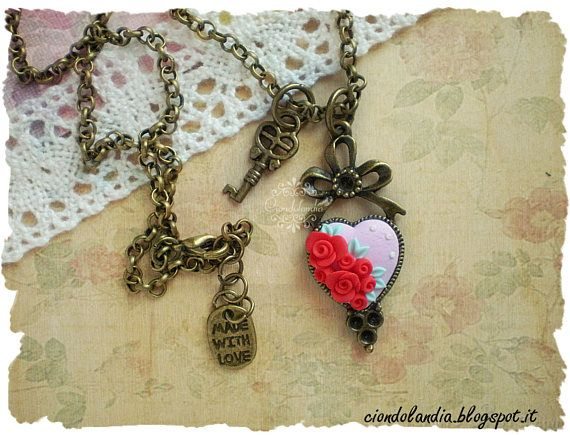 Polymer clay cammeo vintage roses necklace #cammeo #necklace #heart #rose #polymerclay #handmade