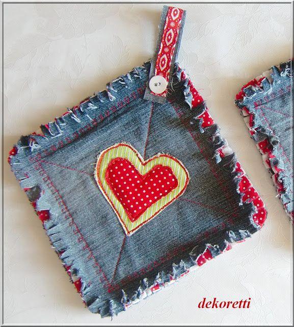 Denim heart pot holder