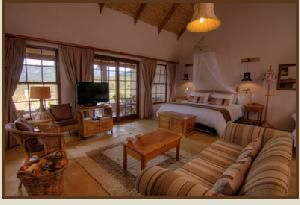 Choose where to Snooze - Karoo View Cottages: Krans suite