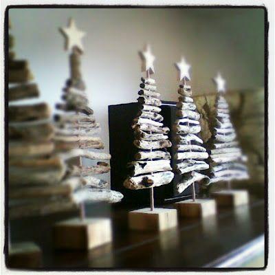 adorable driftwood christmas decoration
