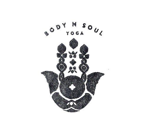 'Simple modern yoga logo'