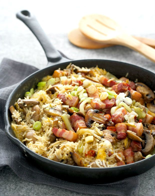 Smažená rýže s uzeným masem, Foto: isifa.com