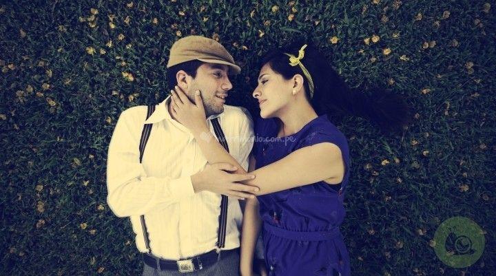 Romántica sesión pre-boda de Caracol de Menta Fotografía | Foto 19