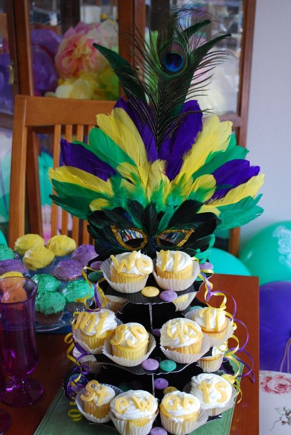 my friends are good cooks decorating ideas for mardi gras cupcakes decoration ideas mardi gras party 566x847