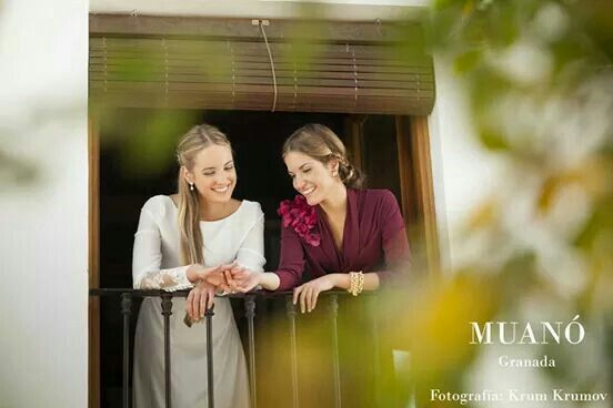 Vestidos Muanó. Fotografía krum krumov