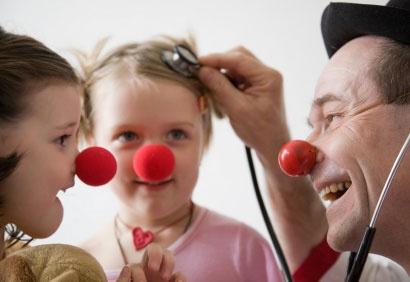 Résultats Google Recherche d'images correspondant à http://www.coupdepouce.com/img/photos/biz/cdp/docteur-clown-410.jpg