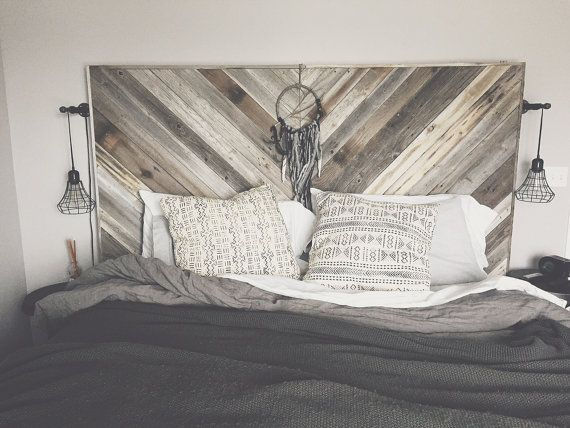 ***MESSAGE ME FOR SHIPPING QUOTE***  Perfect mix of reclaimed wood with a modern design! Handmade with reclaimed unfinished barn and fence wood, supplied locally. Each piece is custom and individual since all the wood is weathered differently. Kept unique by keeping the imperfections of the reclaimed wood and leaving the original nail holes throughout the piece. Love the headboard but need different dimensions? Message me and I can make a custom size for you!  All headboards are oversized…