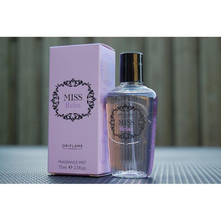 Парфюмированный спрей для тела Fragrance Mist Miss Relax в аромате находится свежий цветочно-зеленый букет