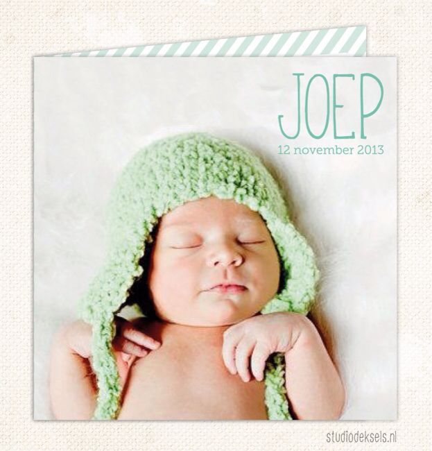 Studio Deksels • geboortekaartje • foto • newborn • streep • groen • muts
