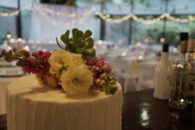 Palm Springs:  Wedding Cake