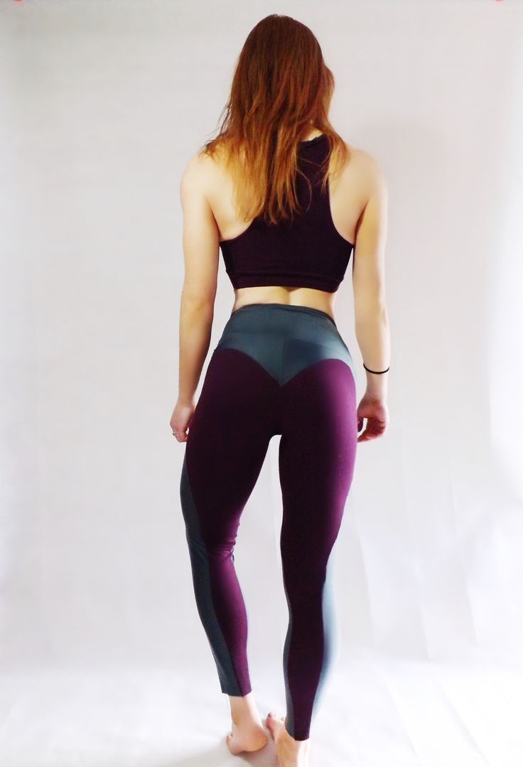 Cute, heart shaped gym leggings - durable & perfect fit. Get 20% off first order!