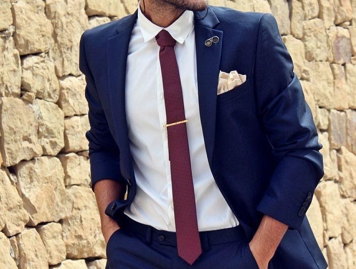 veste de costume homme avec mouchoir