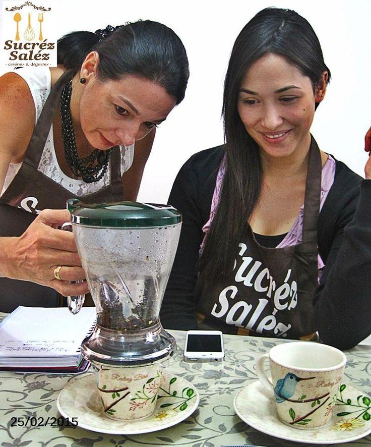 El equipo Sucréz Saléz en capacitación con nuestro proveedor de té Tea Market (avenida Nutibara nr 75-24).  Descubrimos el apasionante mundo del té: sus orígenes, sus sabores, sus beneficios y sobre todo la manera perfecta para prepararlo. www.facebook.com/sucrezetsalez/photos/pcb.350549838476796/350549548476825/?type=1