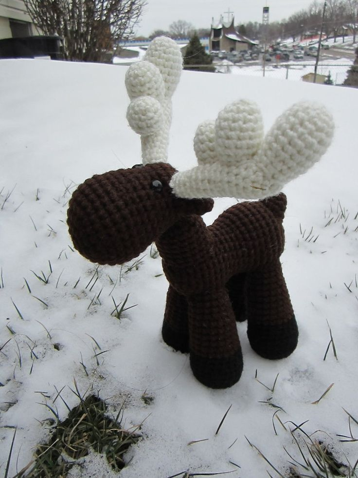 Crocheted Moose Number 2 by *aphid777 on deviantART ... FREE pattern. So adorable