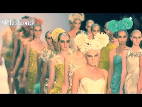 Fashion TV – MBFWA Wrap Featuring flowers For a VagabOnd