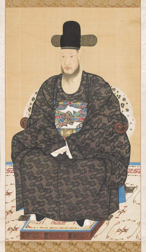 Portrait of Scholar-official Robe Korea, Korean, Joseon dynasty (1392-1910), 19th century Paintings Hanging scroll, ink and color on silk Image: 53 x 30 5/8 in. (134.62 x 77.79 cm); Mount: 68 1/2 x 33 1/8 in. (173.99 x 84.14 cm); Roller: 36 in. (91.44 cm) Purchased with Museum Funds (M.2000.15.18) Korean Art