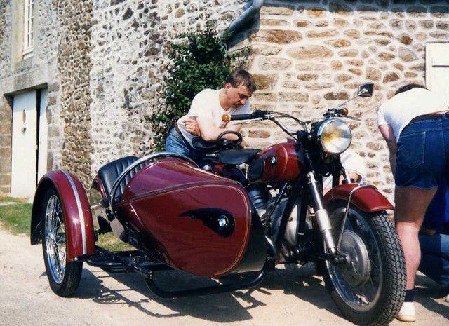 74 best images about moto on pinterest cars racer and triumph bobber. Black Bedroom Furniture Sets. Home Design Ideas