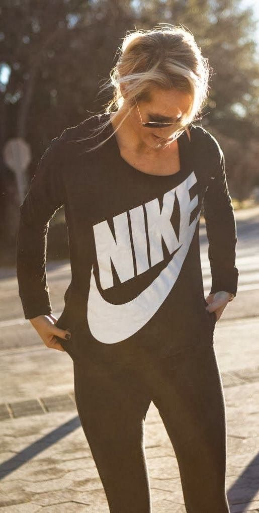 Nike long sleeve top, skinny pants and shades. Did you just wake up or get back from the gym? No one will ever know!