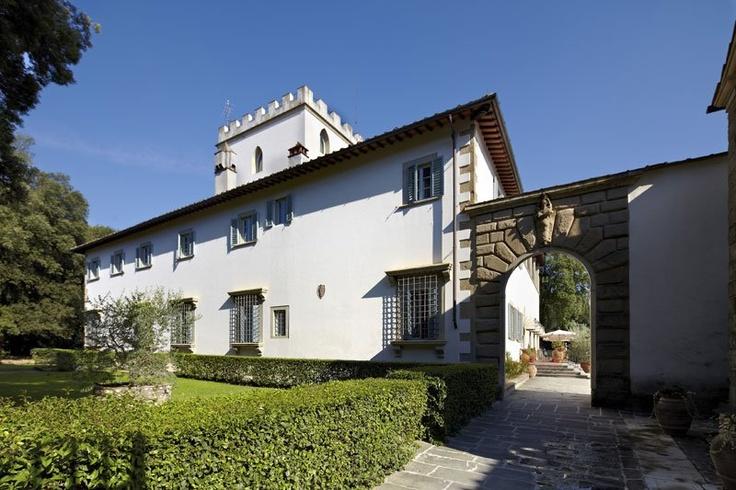 Hotel Villa Stanley: incantevole struttura quattrocentesca  con parco secolare #Firenze #Nettopartners #Toscana http://www.nettobooking.com/toscana/hotel-villa-stanley-sesto-fiorentino