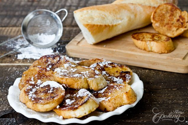 French Toast - quick and easy dish for breakfast time, delicious and comforting, served with maple syrup or honey. It takes no more than 5 minutes to prepare.