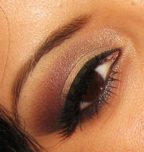 gold and burgandyShimmery Makeup, Hair Skin Makeup, Makeup Skin, Makeup Beautiful, Beautyful Makeup